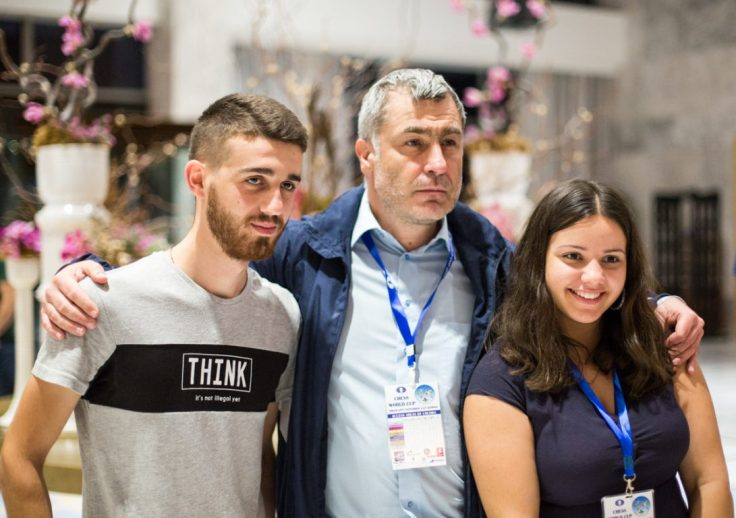FIDE World CUP 2017 - R3 Ivanchuk and fans (Emelianova)
