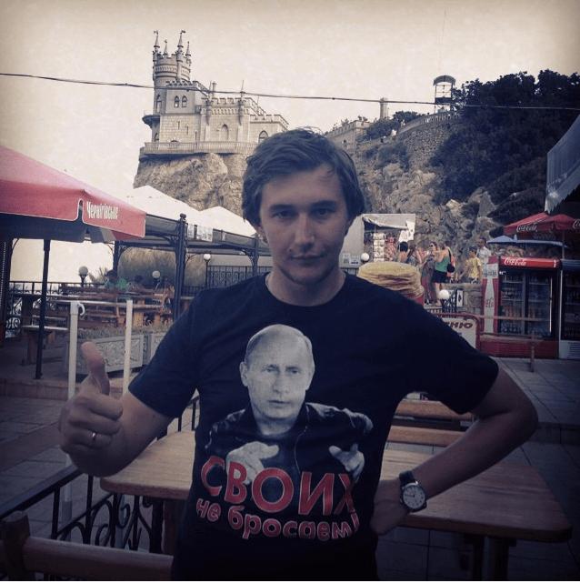 Karjakin - thumb up to Putin
