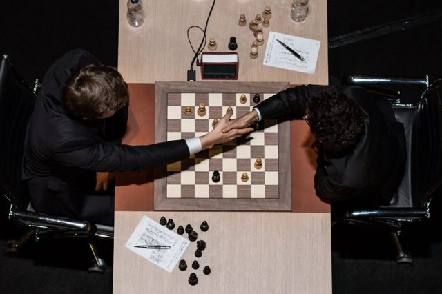Candidates 2018 - R12, Karjakin-Caruana - Abbandono
