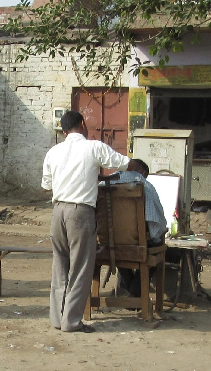Agra street barber