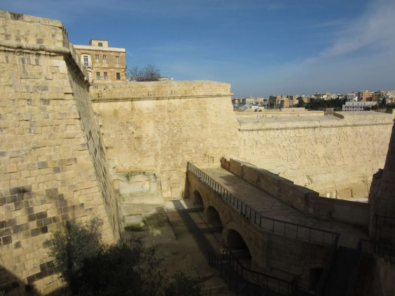 battlements at Birgu