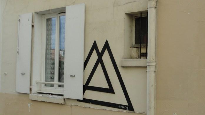 Balade dans Montmartre et les Abbesses  - Fenêtre