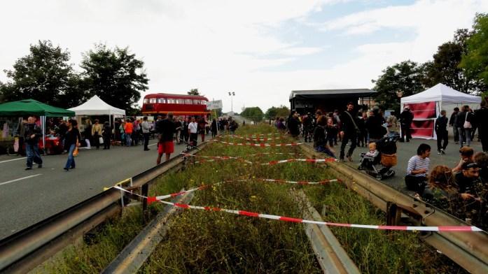 La Voie est Libre - Montreuil - The Bridge