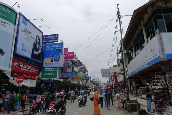 Rue commerçante de Bukittinggi