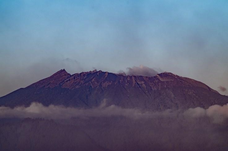 Sommet environnant Kawah Ijen