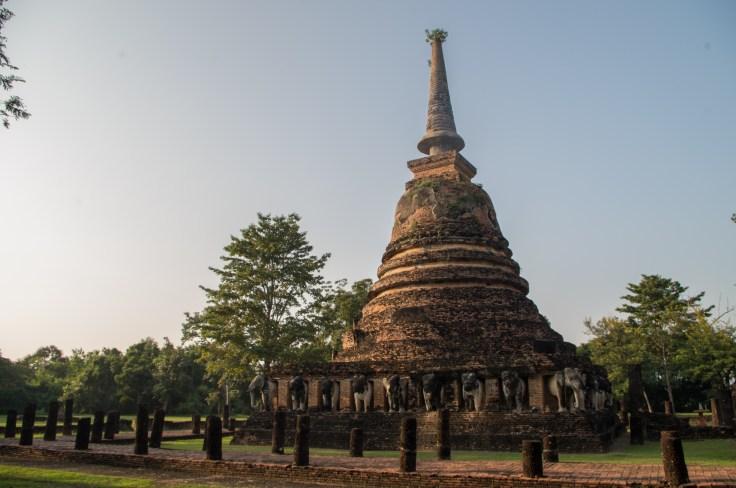 Sukhothai Wat Chang Lom