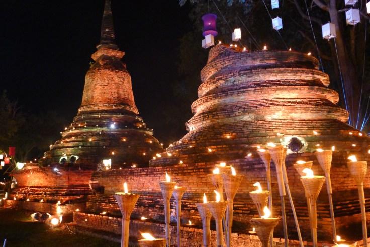 Loy Krathong Sukhothai lumieres