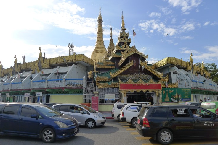Myanmar - Yangon - Sule Pagoda