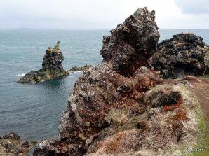 Formes-torturees-Arnarstapi-Islande