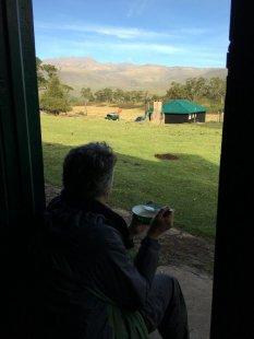 petit-dej-au-meru-bandas-day-two-mount-kenya