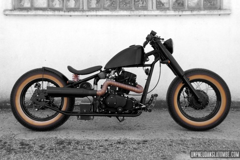 Hoolister Heist 125 Façon Bobber Vintage Signée Racer Factory