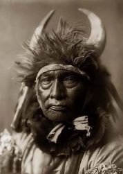 Edward S. Curtis, Bull Chief, 1908