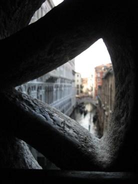 Vue depuis le Pont des Soupirs