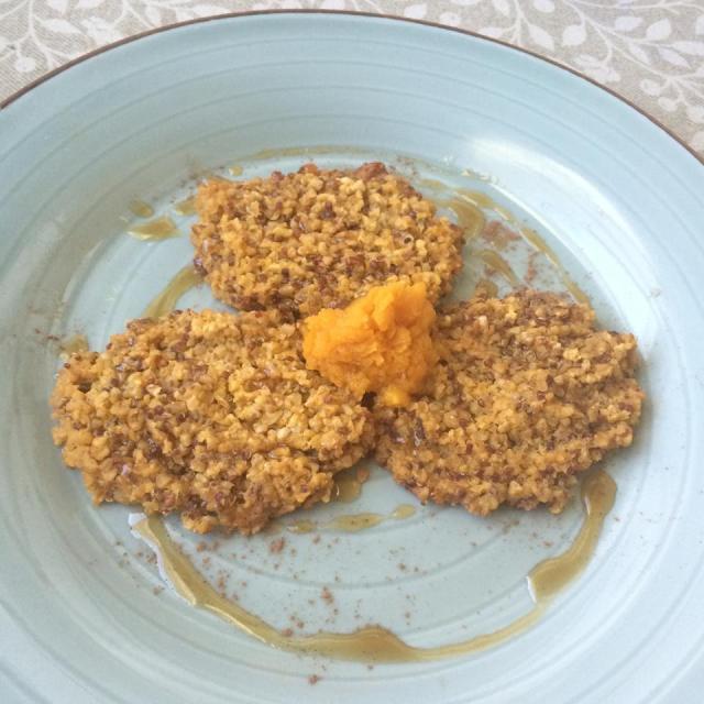 quinoa oatmeal cakes