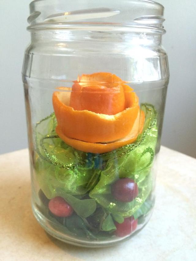 DIY orange peel roses mason jar
