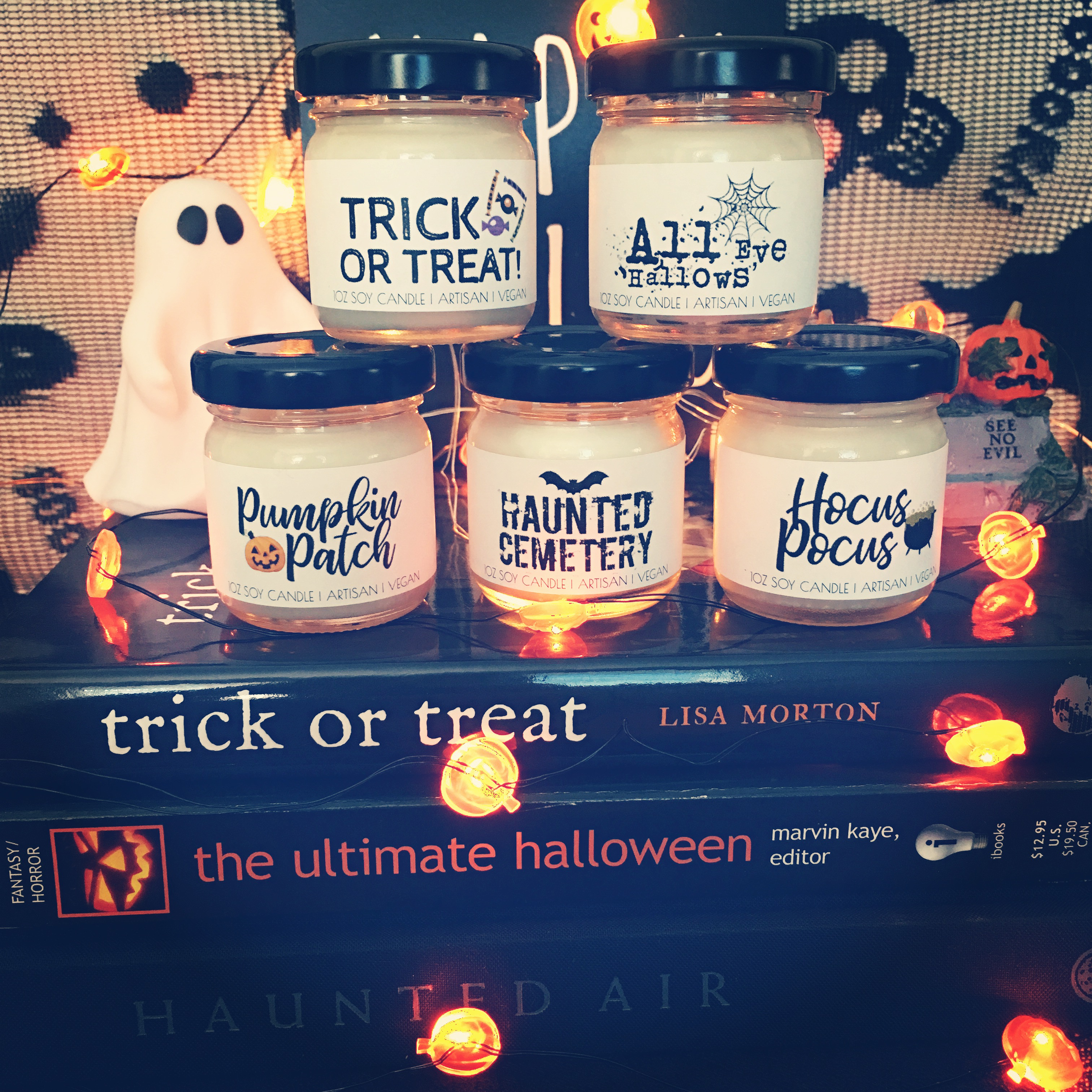 8 A to Z Candles Halloween collection