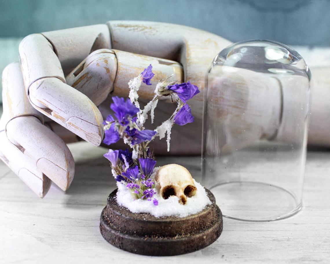 Winter Is Dead by Artificialia Room