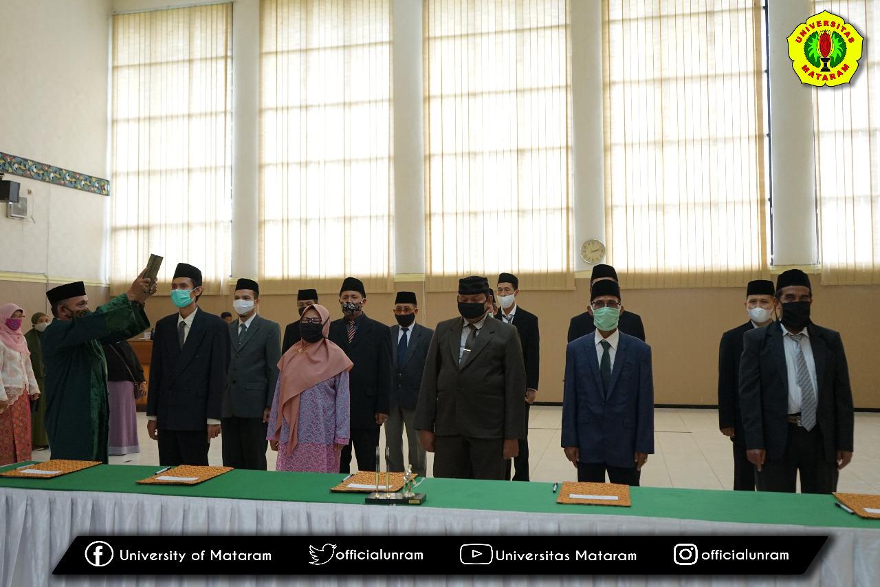 Rektor Unram Kembali Lantik 14 Pejabat Eselon III dan IV