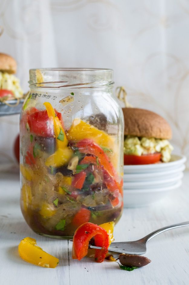 Oil-free Roasted Bell Pepper & Olive Salad by An Unrefined Vegan