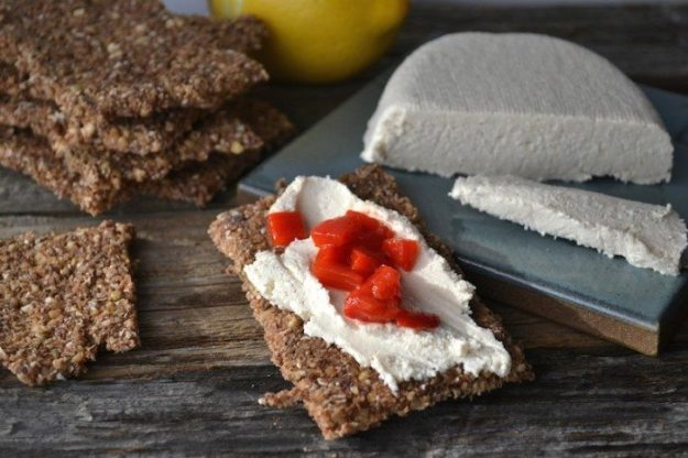 Oil-free Cashew Coconut Cream Cheese by An Unrefined Vegan