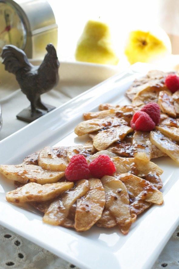 Pear & Apple Breakfast Pizza An Unrefined Vegan
