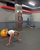 socia de Fitness19 entrenandose en este gimnasio low cost