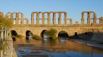 Puente romano sobre el río Albarregas