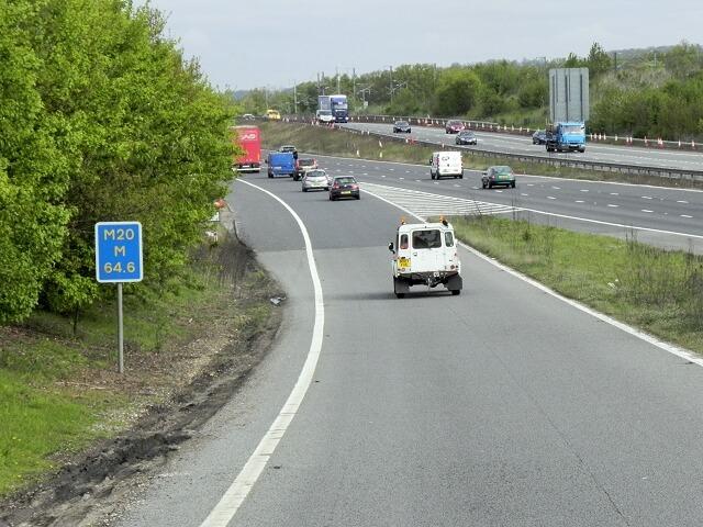 permis provizional pe autostrada slip road