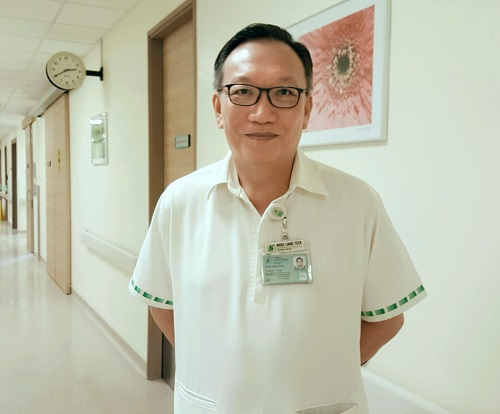 Mr Khoo Liang Teck was a taxi driver for 15 years before he joined SGH in 2010 as a Patient Care Assistant (via SGH)