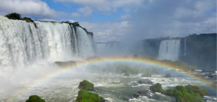 Falling for the Cataratas de Iguazú: From Argentina to Brasil, Casa de Ciclista and Itaipu dam