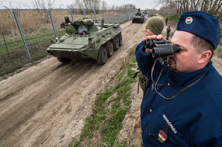 Neue Grenzüberschreiter festgenommen in Ungarn