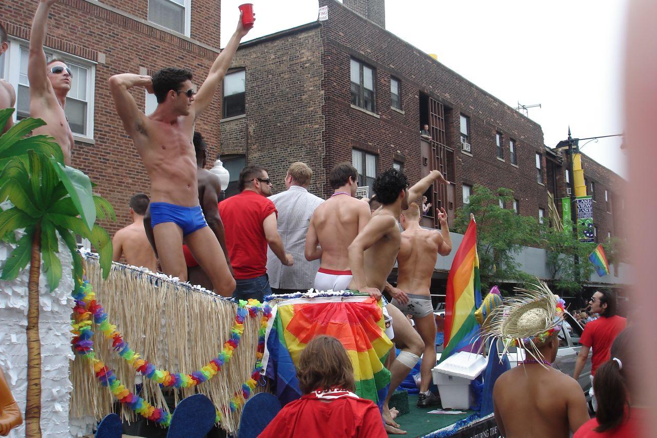 Homo-Lobby fordert Polygamie: Deutschland zwischen Sodom und Gomorrha