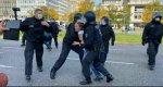 Polizei: Bei Migranten Hosen voll - gegen wehrlose Frau stark (VIDEO)!