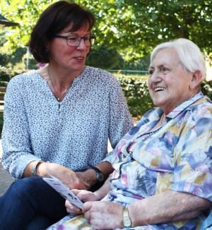 Foto ehrenamtliche Hospizhelferin