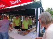 Foto Stand mit Kaffee und selbst gebackenen Kuchen vom Bürgerverein