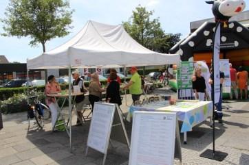 Foto: Infostand QwiK, Tauschring-Kempen und SeniorenInitiative