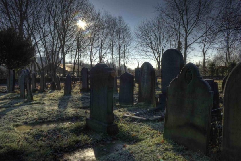 grave2