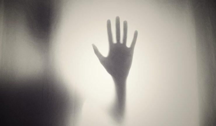 scaryhand2