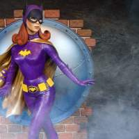 Tweeterhead's Lovely Batgirl '66 Maquette Is Up For Pre-Order