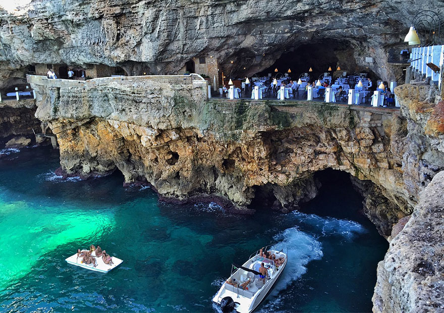 Grotta Palazzese hotel