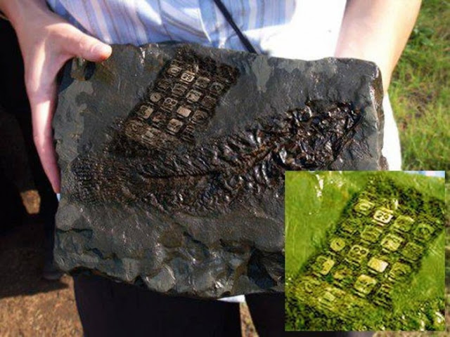 800-Year-Old Mobile Phone Was Left Behind by ALIENS in Austria