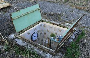Italian Artist Creates Tiny Rooms Inside Manholes