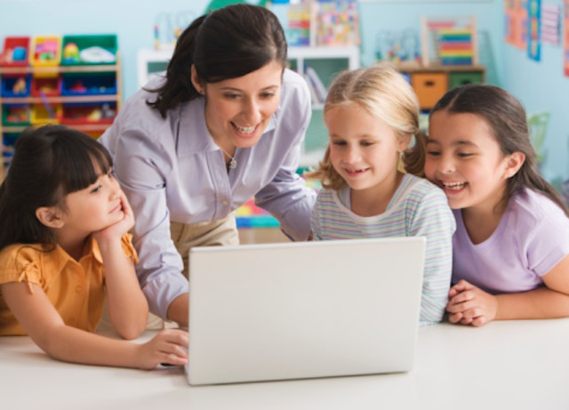 How to Handle Technology in Your Child's ClassroomHow to Handle Technology in Your Child's Classroom