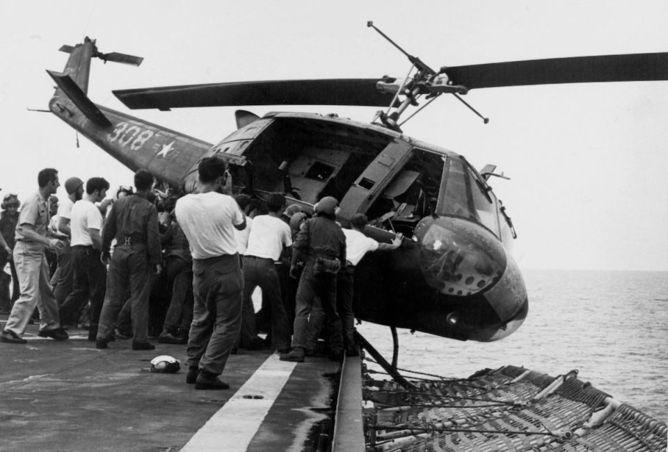 Americans Throw Their Helicopters In The Sea