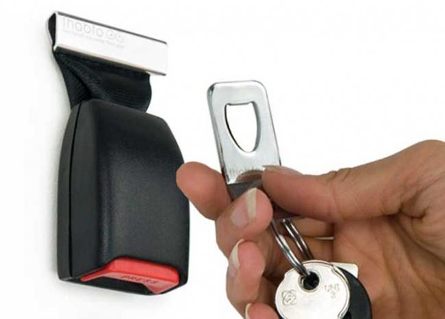 855955-buckle_up_key_holder2-650-6d5c1797ca-1473930163