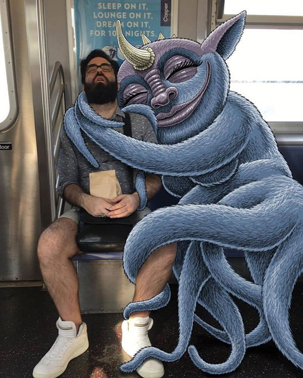 Guy Creates Doodles On NYC Subway