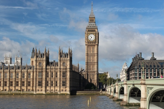The name of the most famous tourist attraction in Britain