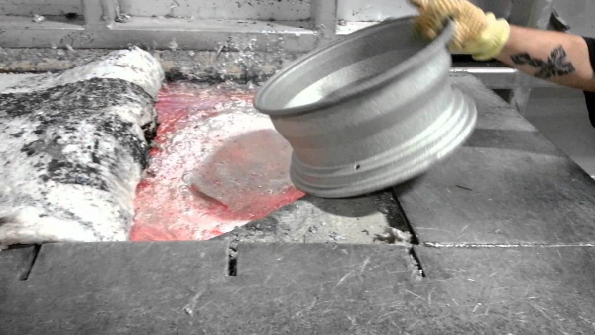 Insane Footage of Aluminum Wheels Being Melted Down in Very Hot Furnace