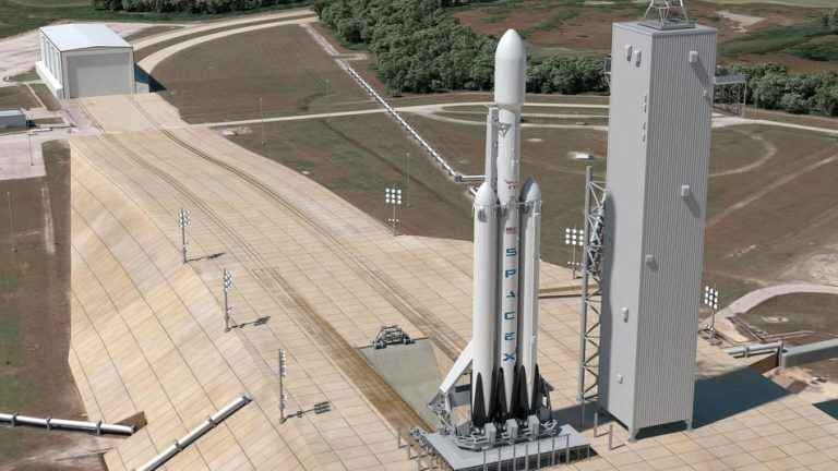 Check The Raw Power Of SpaceX's New Falcon Heavy Rocket - Video