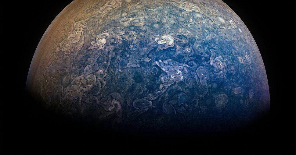 NASA's Juno Spacecraft Sent Back Stunning Photos Of Jupiter And a Timelapse Video